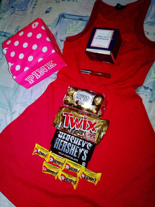 Victorias Secret Chocolates Pink H&M