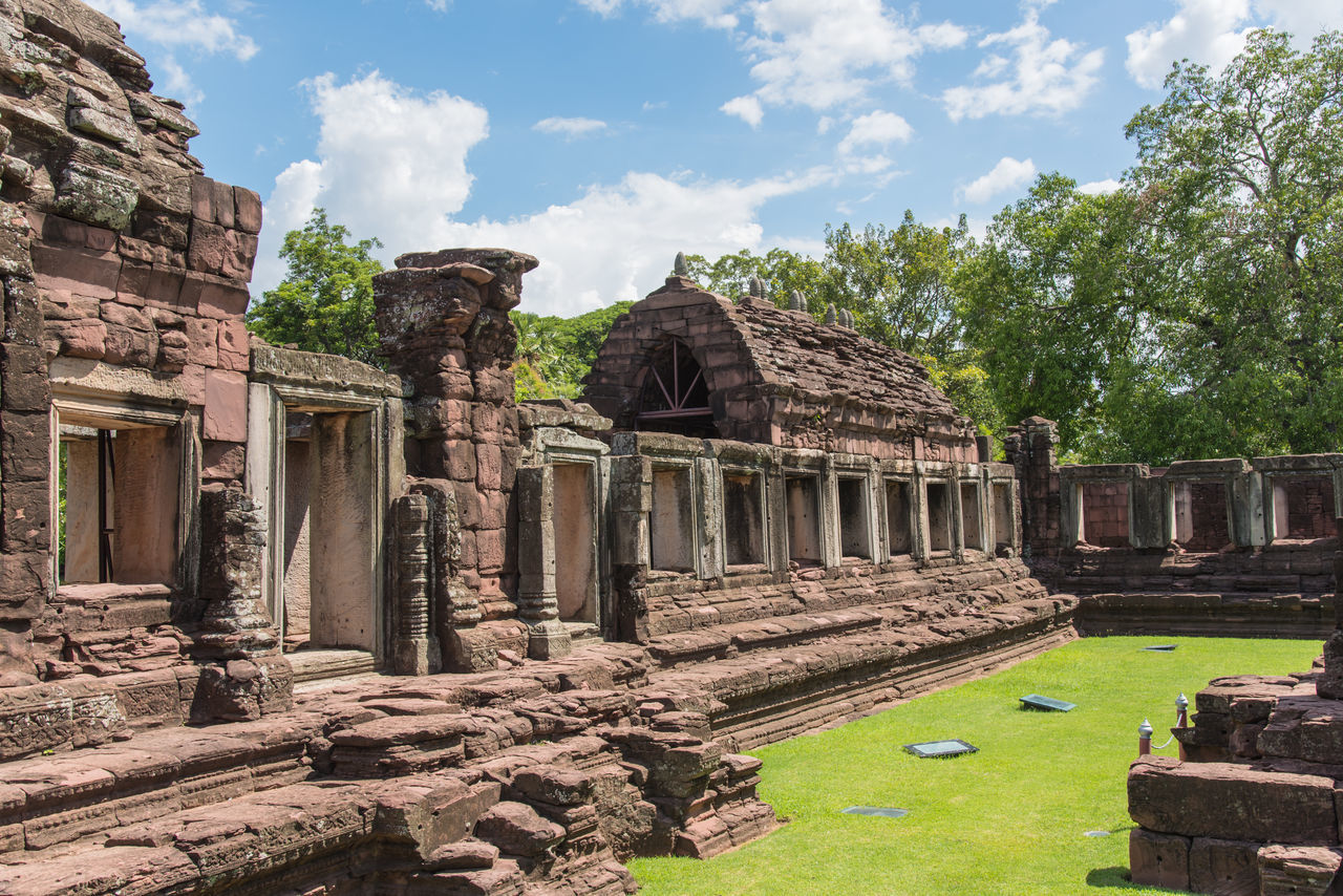 old ruin, history, ancient civilization, ancient, architecture, built structure, the past, sky, place of worship, archaeology, cloud - sky, tourism, travel destinations, religion, day, spirituality, building exterior, outdoors, no people, tree