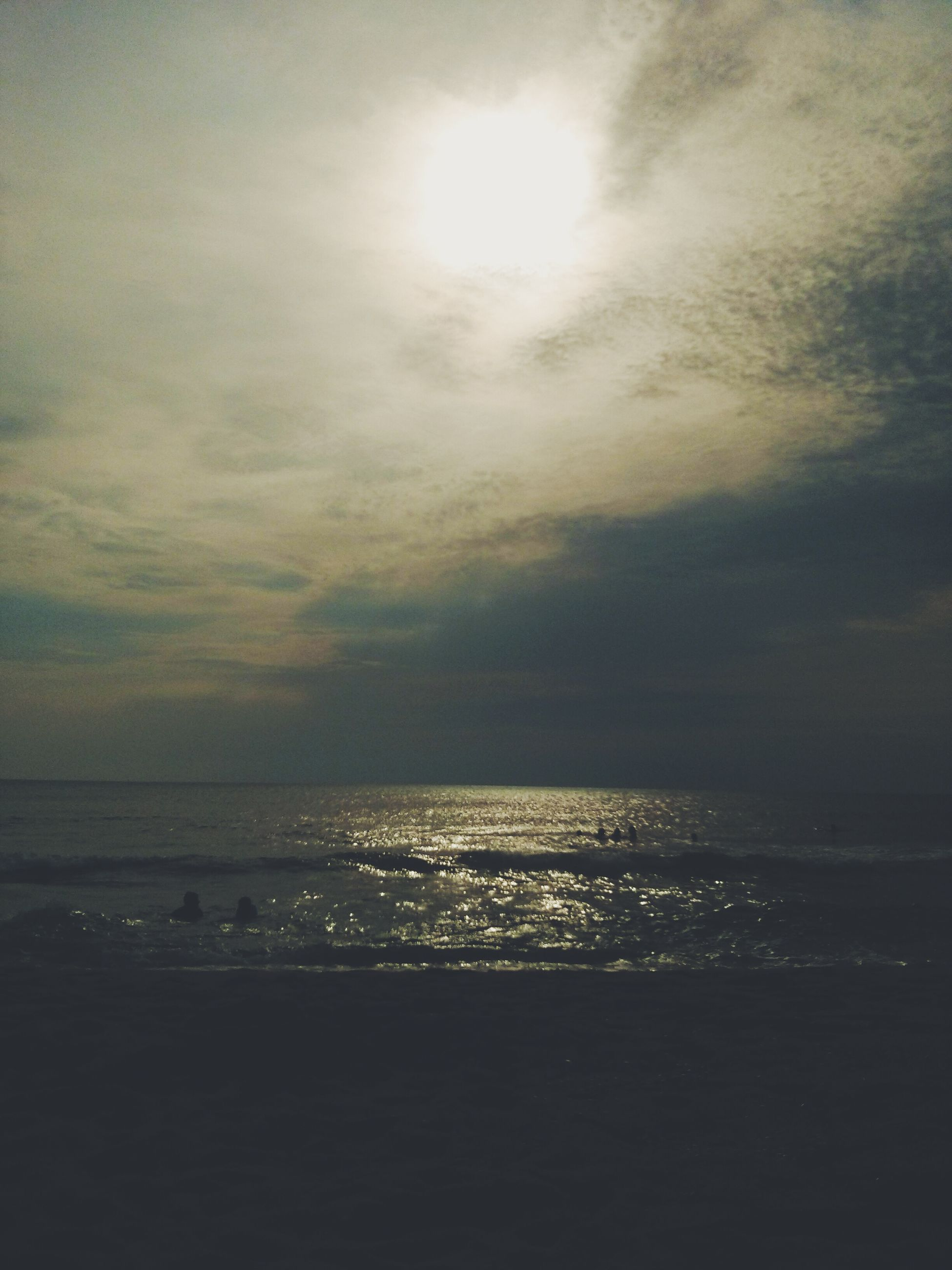 sea, water, horizon over water, sky, scenics, tranquil scene, tranquility, beauty in nature, cloud - sky, beach, nature, sunset, sun, idyllic, shore, waterfront, cloudy, reflection, outdoors, cloud