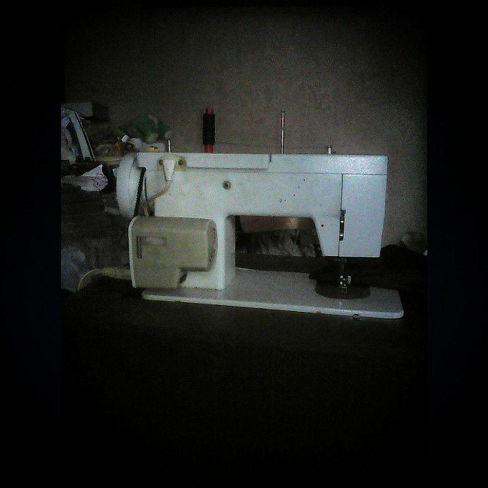 Отдыхай моя трудяга Чайка143А ШвейнаяМашина ШвейнаяМашинка МоеХоббиШитье Sew sewingmachine MyHobby Chaika143A SquareInstaPic