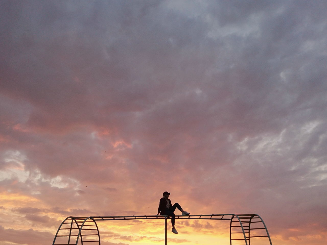 Railing Silhouette Sunset Only Men One Man Only Adults Only One Person Adult Outdoors Cloud - Sky People Standing Night Sky Astronomy EyeEm EyeEm Gallery EyeEm Best Shots