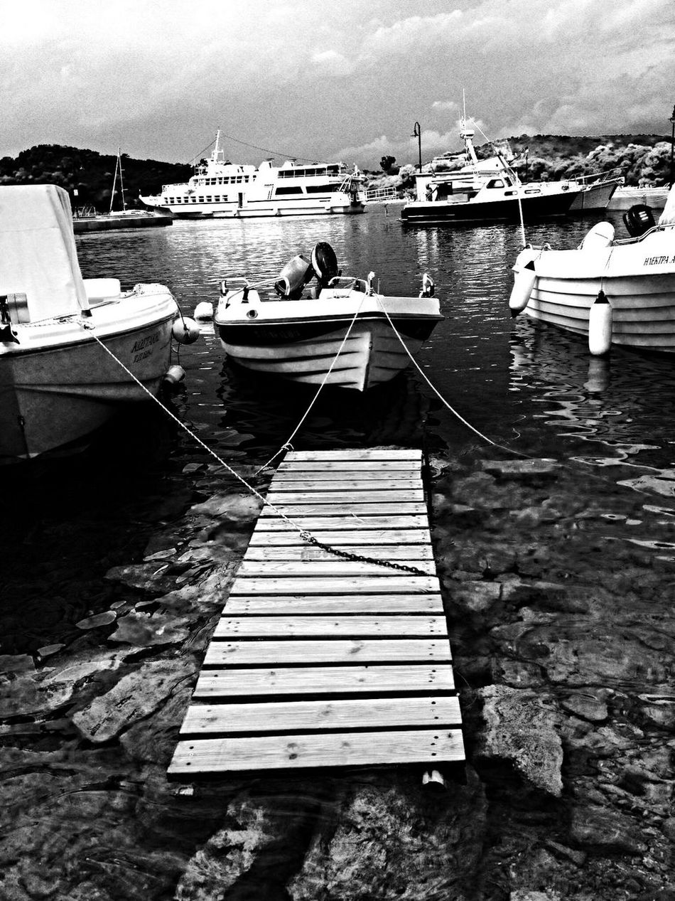 Travel Boats Picture Greece ⛵️?❤️