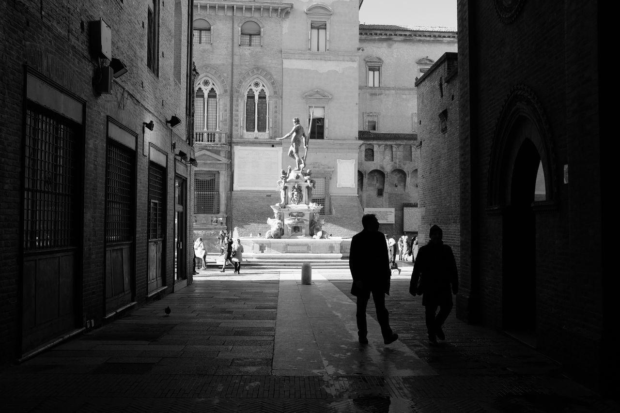Piazza del Nettuno, Bologna Bologna Piazza Del Nettuno Piazza Maggiore Italy Fountain Architecture Black And White Fujifilm X100T Fujifilm_xseries The Tourist Welcome To Black