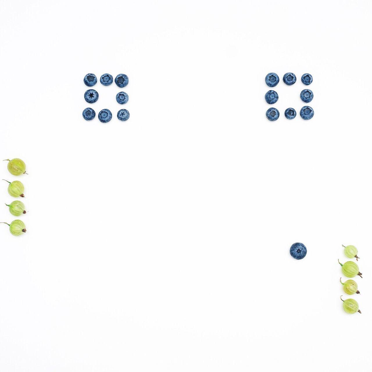 dice, white background, gambling, studio shot, no people, close-up, day