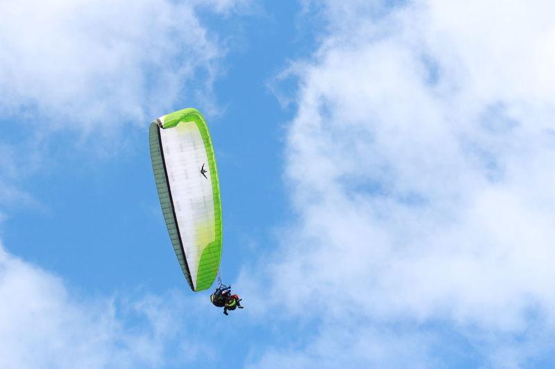 Canary Islands Extreme Sports Hobbies Lifestyles Parachute Parapente Parasailing Puerto De La Cruz Sport Sports In The City