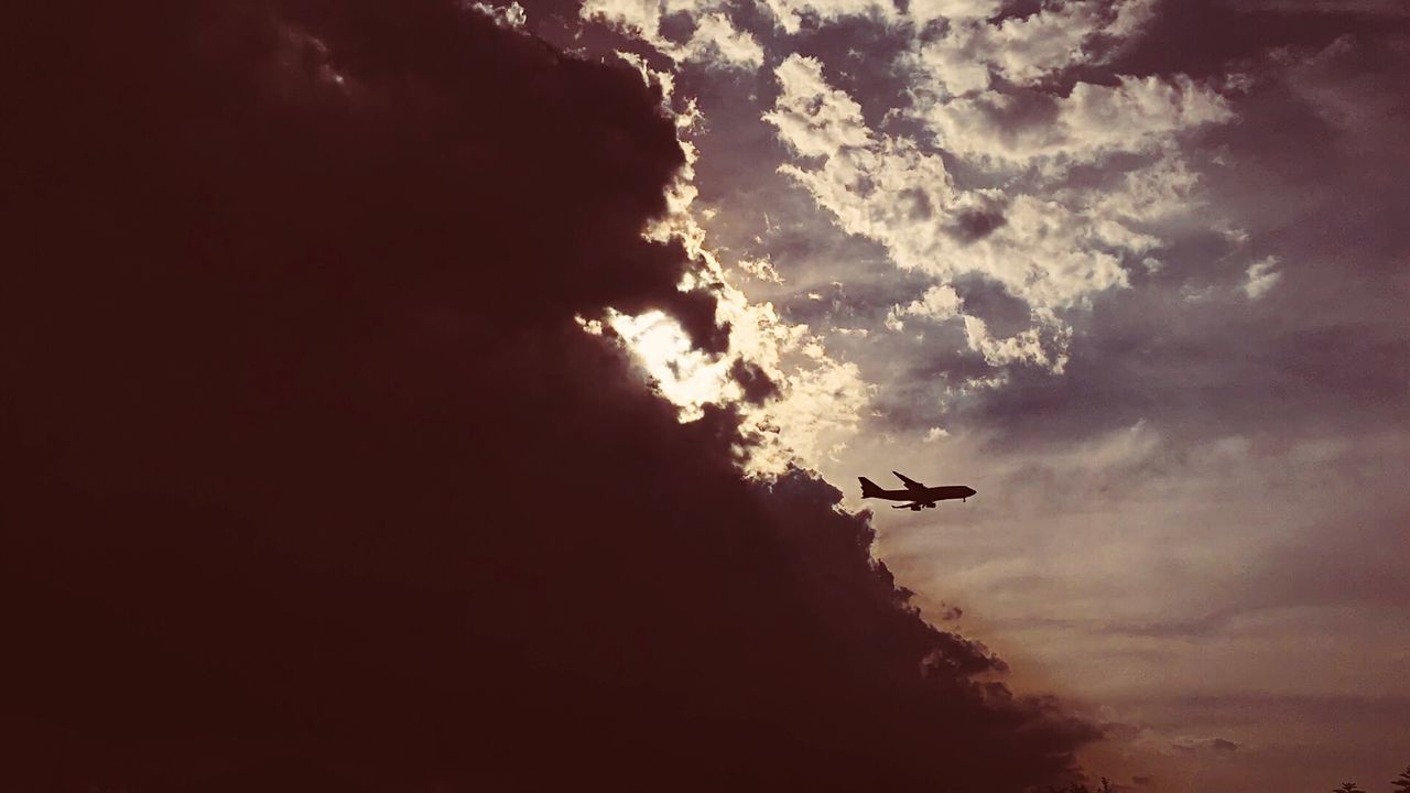Plane Landing Sun Clouds Clouds And Sky Sillouette Flying Airport