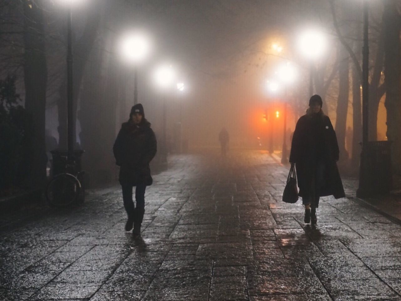 Moody evening Real People Walking Outdoors City At Night City Lights Cityscape City Life Foggy Night Foggy Nightphotography Visitoslo Oslo Norway Beautiful Destinations Winterwonderland Oslo Norway Modern Vintage Modern Vintage Photography Vintage