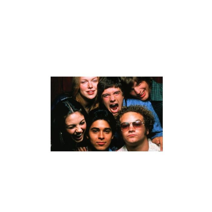 Best cast of all time not only did i waste all my time watching this show i was watching them grow and do the stupid funny things they do i will always look for a fun and awesome friend ship like this i will all ways love Michael Kelso,Donna Pinciioti,Eric Forman,fez,Steven Hyde, and Jackie Burkheart. I am so glad the writters picked theese people to be their characters,and vvvvvvvvvvvvv happy that do this day they are still friends and stay in touch and knowin they are living successful lives like Ashton Kutcher and Mila Kunis married and have a child, Topher Grace recently getting married, Wilmer dating demi lovato,danny working on a new show,and laura with her new book and orange is the new black.I wish the luck for all of you love you so so so so much this will ALWAYS be my favorite show of all time! What a strange long strange journey its been in Forman's Basement ❤❤😪😭1998-2006 That 70's Show