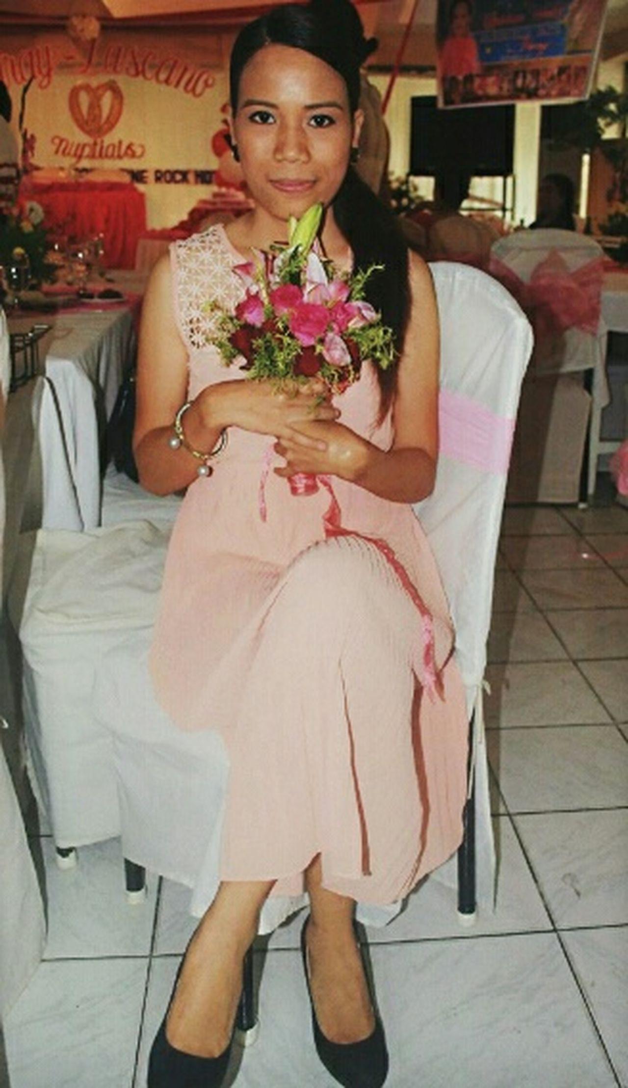 Bridesmaid Bride Dress Bride Photography Bouquet Bouquet Of Roses
