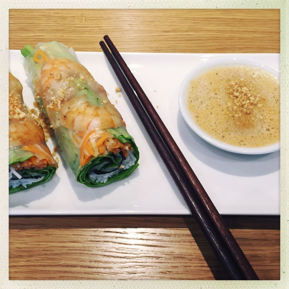 Summerrolls Summer Rolls Summer Roll Asian Food Restaurant Asian Foods Asian Cuisine Vietnamese Food Vietnamesefood Vietnamese Cuisine My Lunch On The Table Made My Day Healthy Eating Healthy Food
