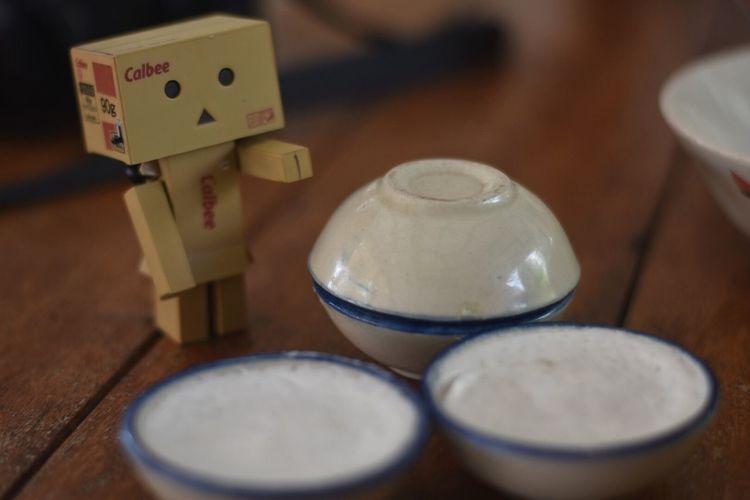 Kanom Tuay - coconut milk custard in small porcelain cup Thai Dessert Dessert Coconut Sweet Danboard Nikon D5600 Fixed Lens 50mm No Filter No Edit Figure Yummy !! Yummy!! Sth Sweet EyeEmNewHere