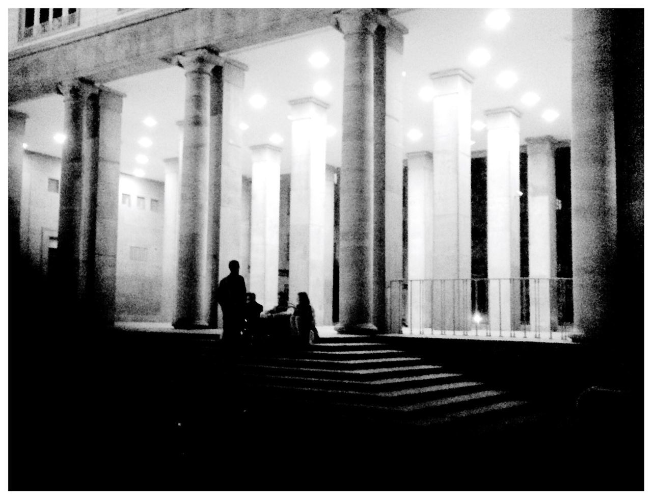 Creatures Of The Night Shadowhunters Light And Shadow Shillouette Peoplephotography Black&white Notes From Berlin Lerone-frames Streetphoto_bw Group Architecture_bw Silhouette Silence Group Photo Blending Into The City Schattenspiel