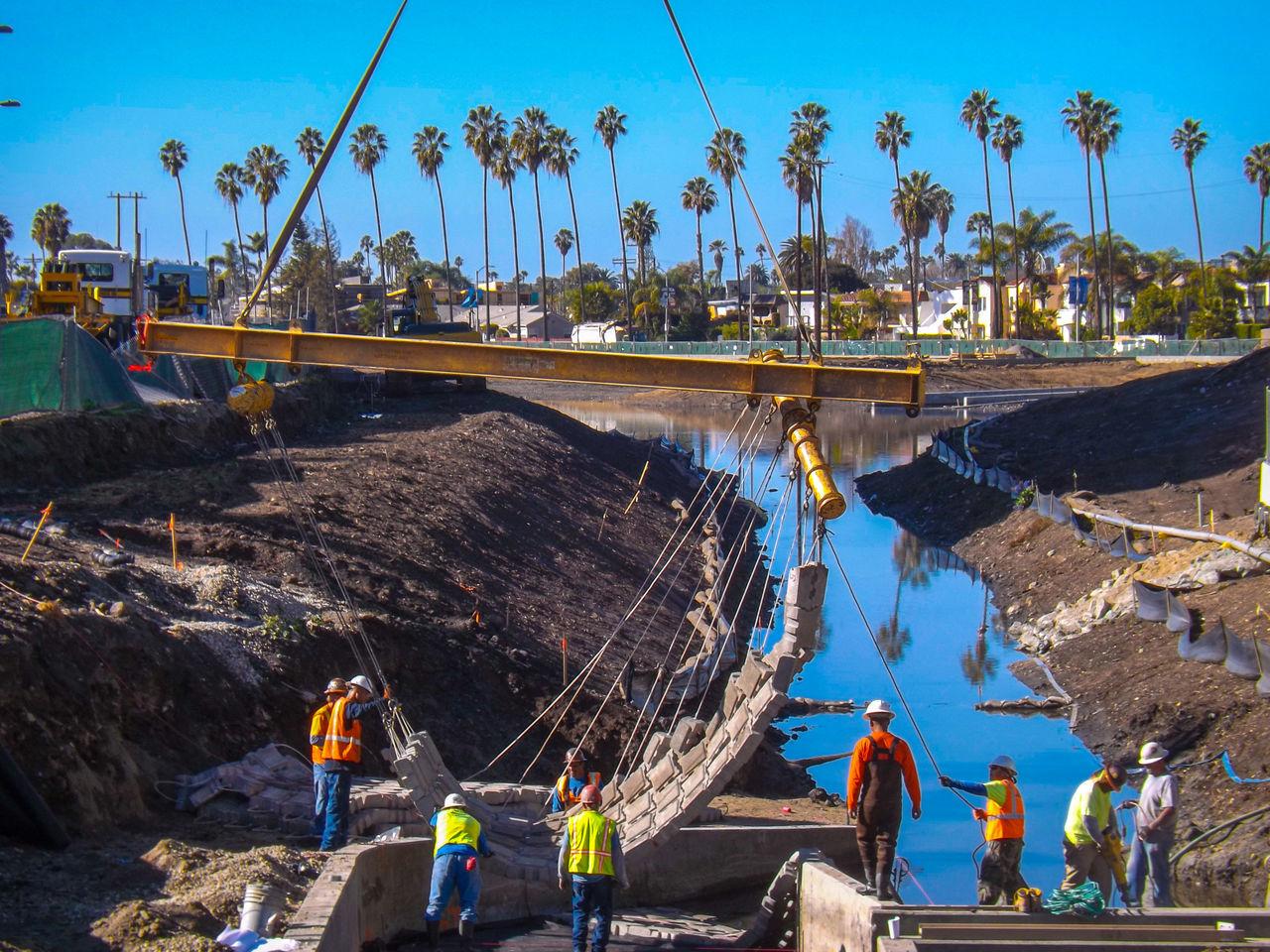 Beautiful stock photos of construction, Activity, Canal, Construction, Construction Industry