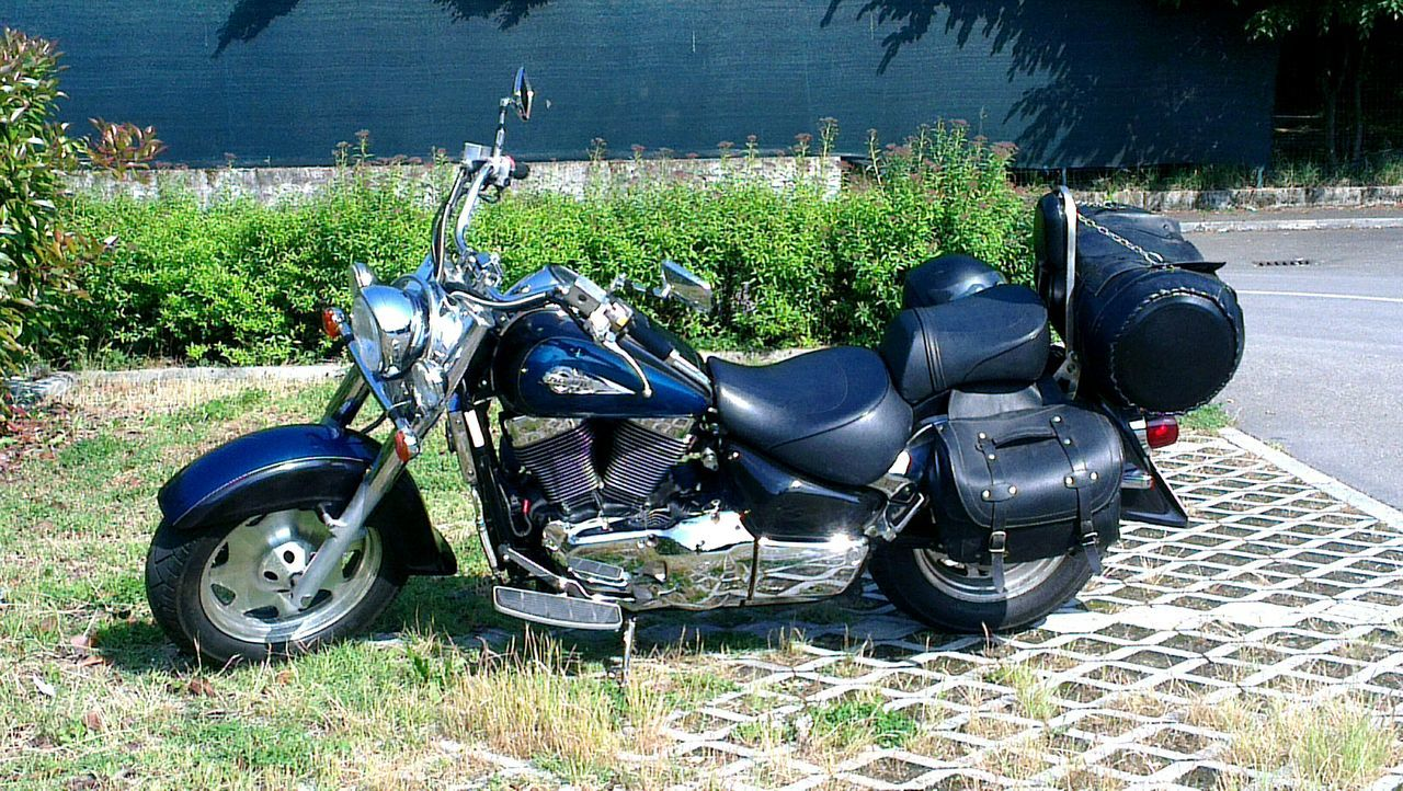 My girlfriend <3 On The Road Born To Be Wild Suzuki Intruder Vl1500lc Motorbike