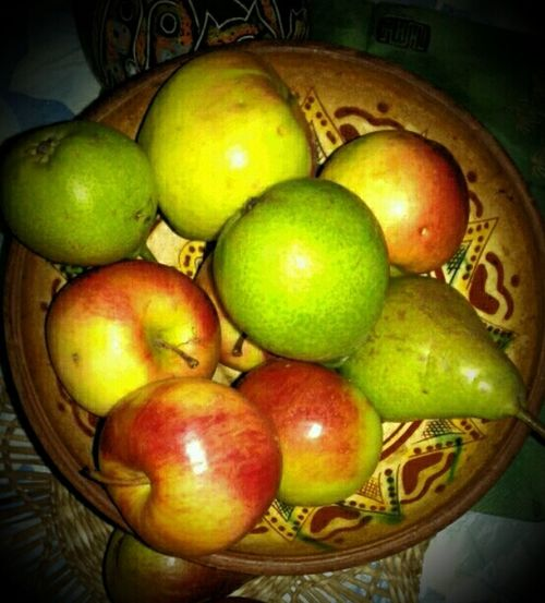 Fruits Apples And Other Fruits Light And Shadow Light In The Darkness Freshness