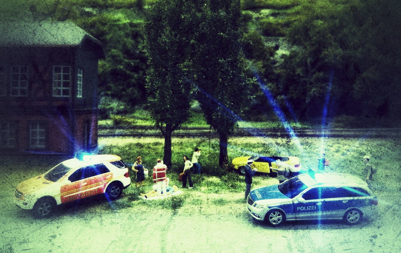 Car Crash Model Making Model Making Accident Injury Casualty Casualties Polizei Police Ambulance Arzt Lights Flash Flashlight People People Watching Emergency Artificial Scene Policeman Policecar Notarzt Reanimation First Aid