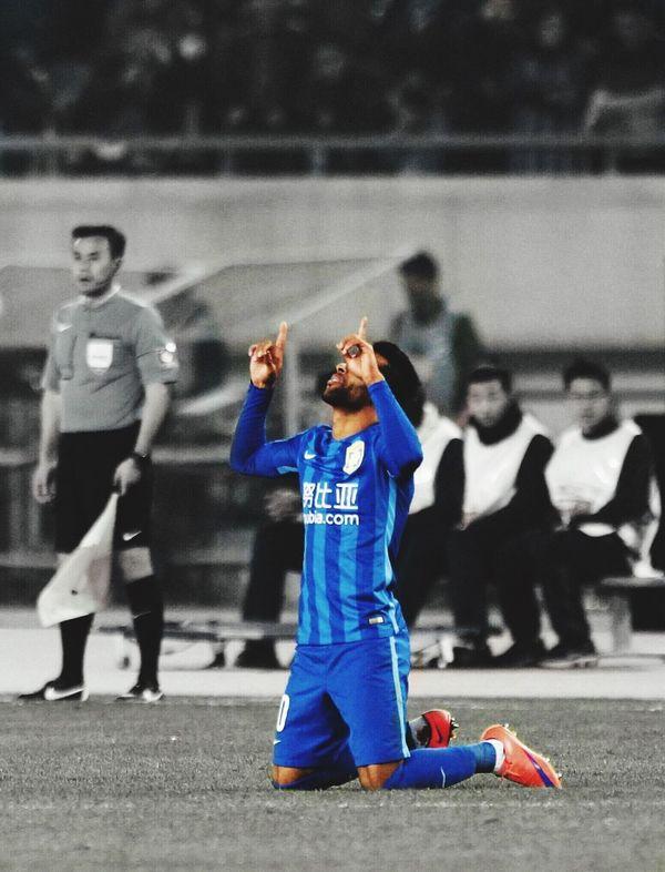 Alex Teixeira,a football player in JiangsuSuning FC Football 江苏苏宁