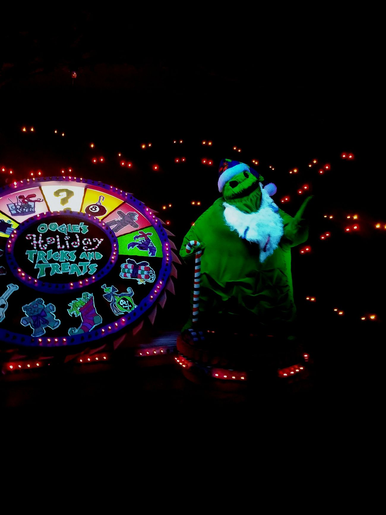 Illuminated Dark Neon Anaheim Attraction Ride JackSkellington Nightmarebeforechristmas Hauntedmansion Haunted Mansion Timburton Disney Disneyland Spooky Halloween Oogieboogie Boogieman Disneylandresort Disneylandphotography