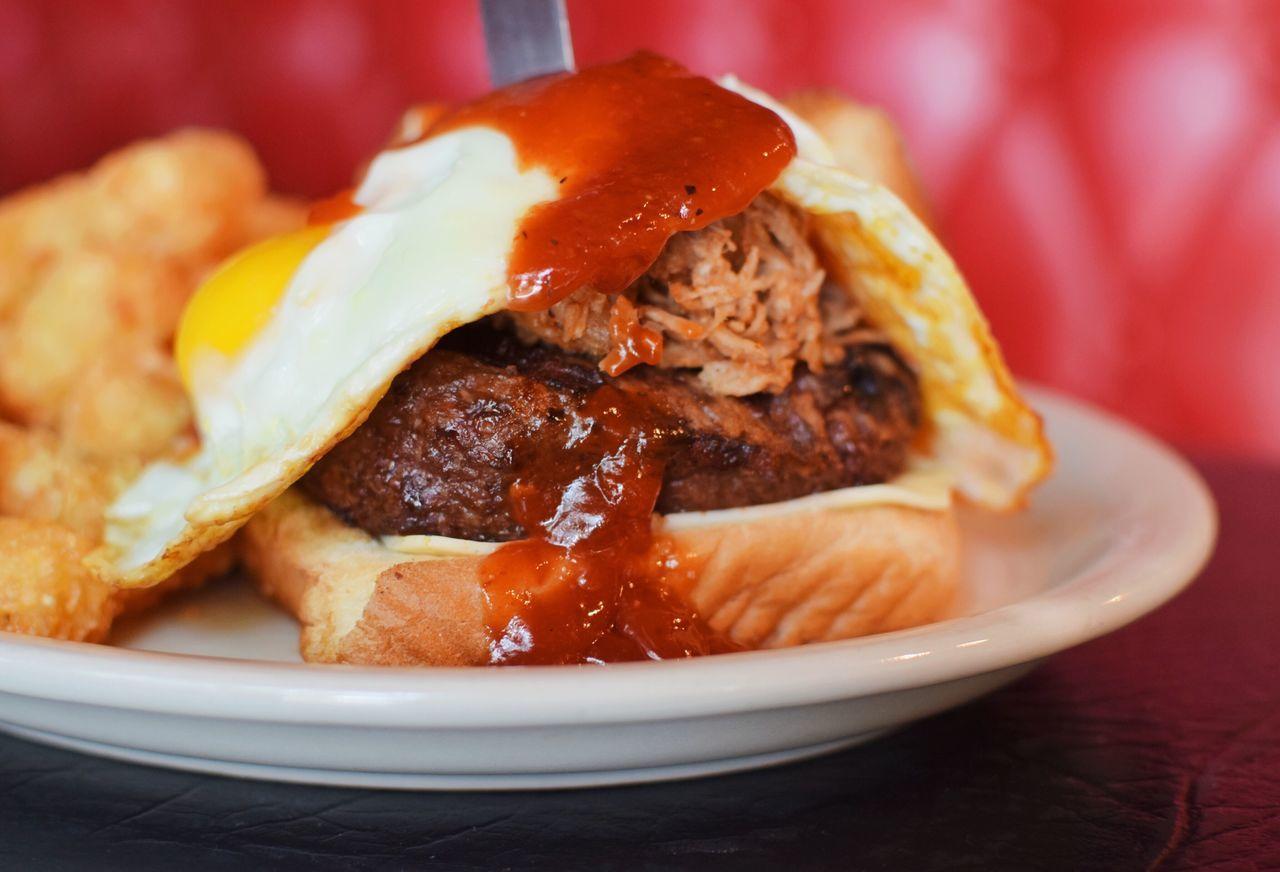 Food Foodporn Foodphotography Food Porn Food Porn Awards Food Photography Foodie Burger Atlanta Thevortex Bar