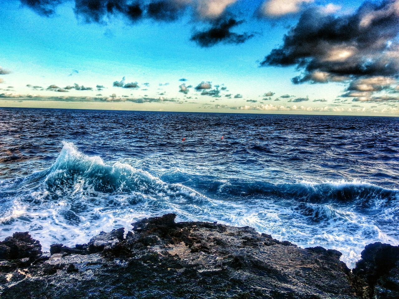sea, water, beauty in nature, nature, scenics, horizon over water, wave, sky, tranquil scene, tranquility, outdoors, cloud - sky, no people, idyllic, rippled, motion, blue, day, beach