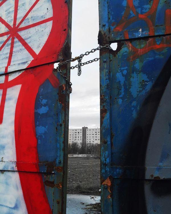 Outskirts Mingling My City Resist Break The Mold