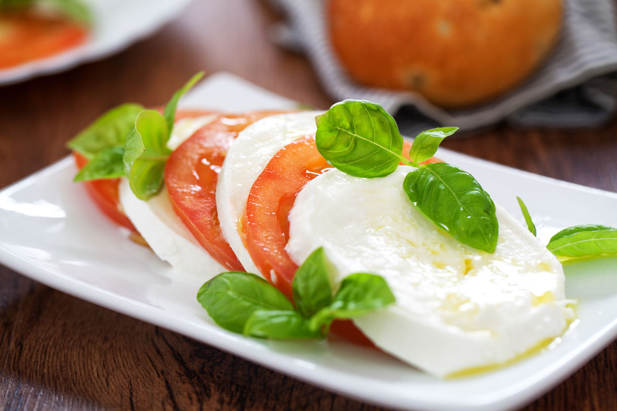 Caprese Salad Appetizer Basil Buffalo Mozarella Cheese Eat Eating Food Food And Drink Healthy Healthy Eating Healthy Food Italia Italian Italian Food Italy Mozzarella, Capre Salad Salads Sandwich Summer