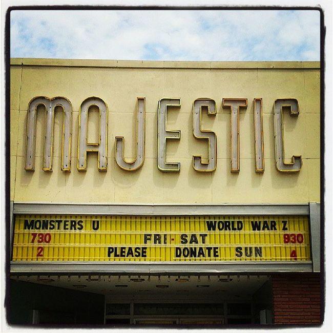 Vintage Movies Theater Cinema Signage Sign Nostalgic  Majestic Movietheater Cinematreasures Signfixation Vintagesigns Savethesigns Lettergetter Retrosign HebronNebraska