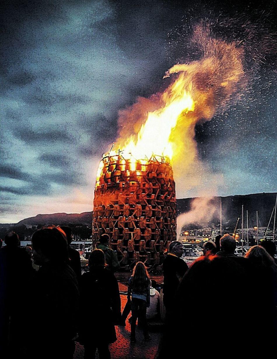 I see fire🔥 Tønnebål Laksevåg Bergen,Norway Fire Picture Photo Photography Epic St.hans Fjord