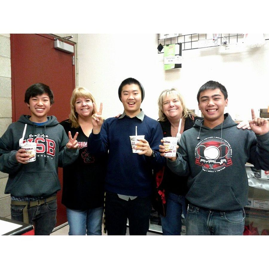TBT  to when @philipchuaa, @eddiekan, and I purchased the last cup of noodles Ayala's student store ever sold. GoodOledays Ayalausb Seniorchiefs