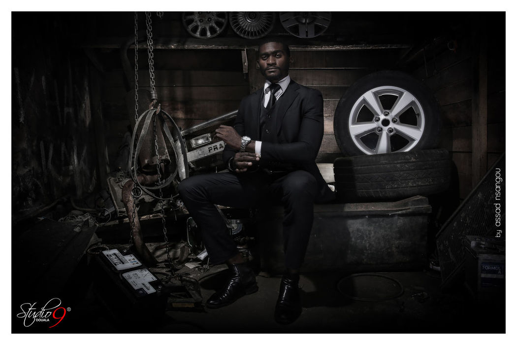 Africanmodel Africanphotographer Assadnsangou Cameroon Cameroonfashion Cameroonmodel Cameroonphotographer Indoors  One Man Only Portrait Studio9douala Suit Well-dressed