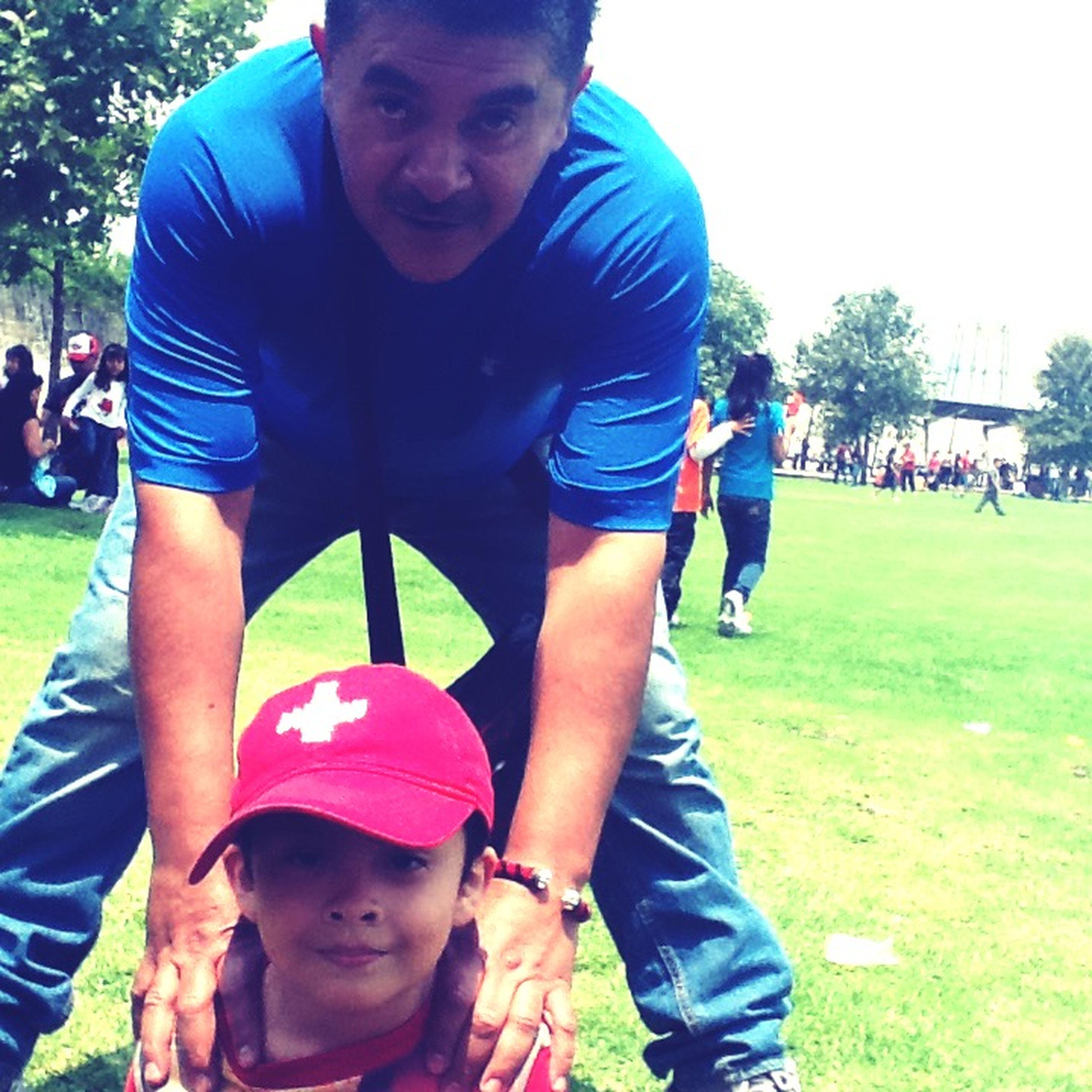 Padre y hijo 👦🏻👨🏻 Dia Familiar