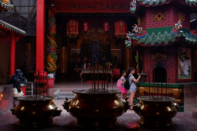 Guan Di is a beautiful and very popular Chinese Temple in Chinatown, Kuala Lumpur. Chinatown Malaysia Impressive Locations