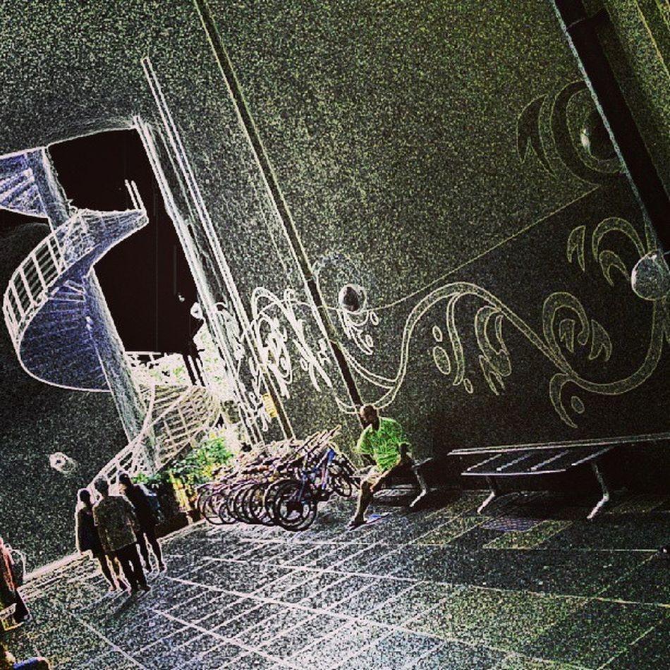 """Twilight hours"" (repost) Allshots_ Almaproject Artthursday Dailythemes Gang_family Instaparadise Instagram Igcreative Jj  Jj_streetphotography Insta_crew Igworldclub Ig_asia Instasg Ig_street Ic_thestreets Igkreatif Ig_fotogramers Mybest_street Phototag_it Webstagram Wow_singapore"
