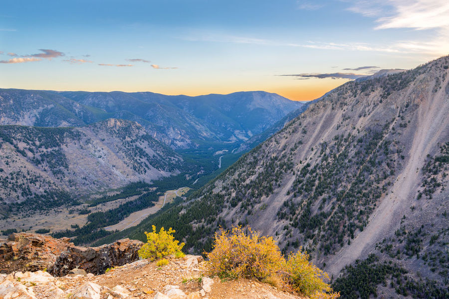Sunrise view in the Beartooth Mountains outside Red Lodge, Montana Alpine Bear Montana National Park Scenic Shoshone Travel Tundra USA Wanderlust Wyoming Beartooth Destination Forest Highway Landscape Mountain Mountains Overlook Peaks Plateau Range Tooth Valley Wilderness