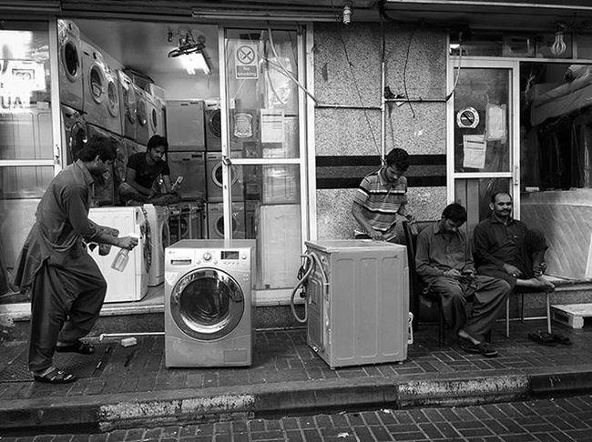LitratistaSaDaan Daandxb Dubaistreets NaifscenebyDay Blackandwhitephotography PW Igers Everydaymiddleeast Bnw_worldwide Streettogs Photooftheday Deiradubai