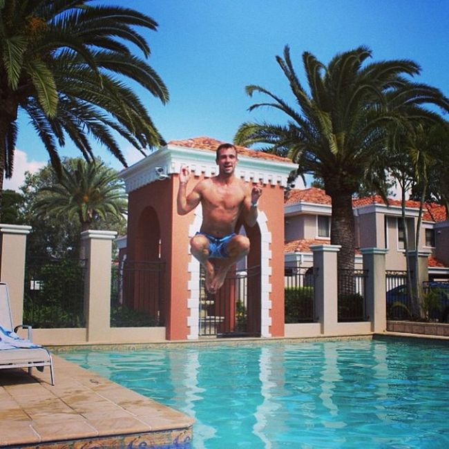 Bundall Swimmingpool Swag Photooftheday Jumping Jump Midairmeditation Beautiful Blue Sunny GoldCoast Mycrib