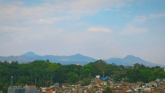 Morning good people Morning Sky Mountain View Bandung, West Java Beautiful_indonesia Blue Sky Enjoying Life Travelling