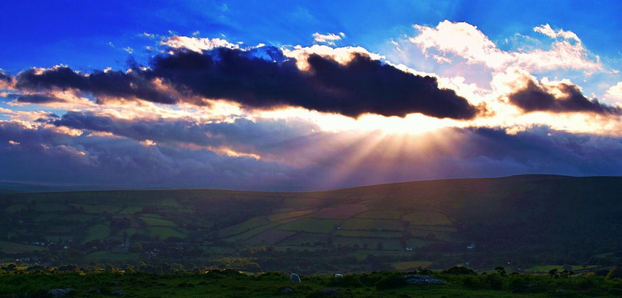 Beauty In Nature Blessed  Cloud - Sky Dartmoor Eye4photography  EyeEm Best Shots - Landscape EyeEm Gallery EyeEm Nature Lover Getting Inspired Idyllic Landscape Life's Simple Pleasures... Living The Dream Majestic Malephotographerofthemonth Scenics Skyporn Sun Sunbeam Sunbeams Sunshine Took My Breath Away Tranquil Scene Tranquility 43 Golden Moments