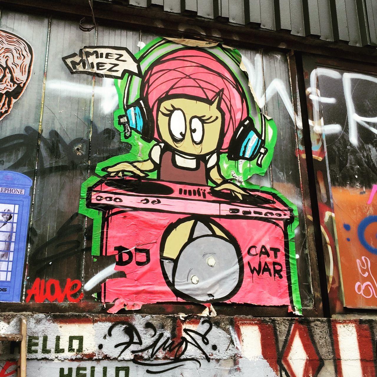 Little Lucy Streetart/graffiti UrbanART Spinning