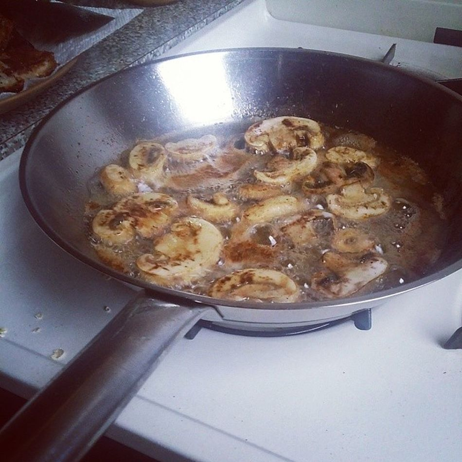 Enjoying a decadent Snowday with fried Mushrooms in Baconfat