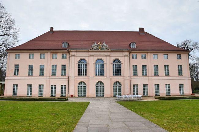 Architecture Building Exterior Cultures Day Façade Grass Historical Building No People Outdoors Schloss Schönhausen Sky