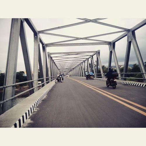 Maagian najud siya! Newbridge CagayandeOroCity VSCO Photogrid