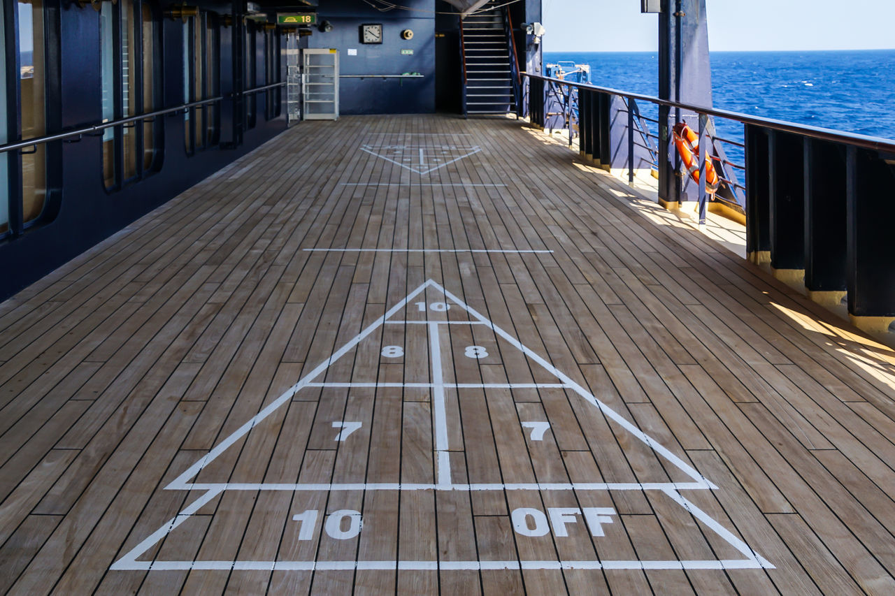 Cruise Ship Cruising Deck Holiday Kreuzfahrtschiff Nautical Vessel Ocen  Railing Schiffsdeck Ship Shuffle Board Shuffleboard Traveling Water