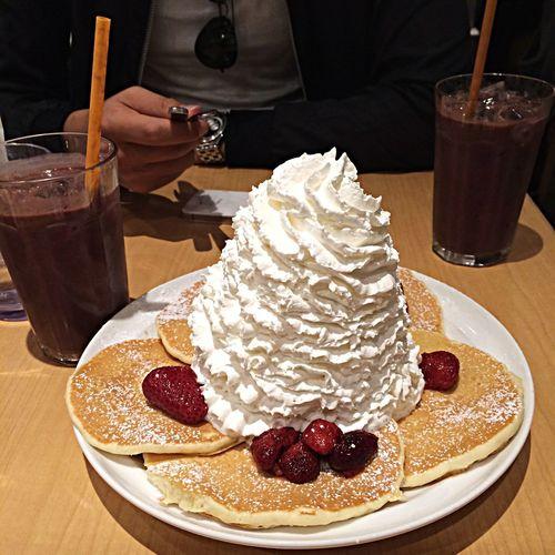 Pancake Osaka,Japan Eggs'n Things Yam Yam