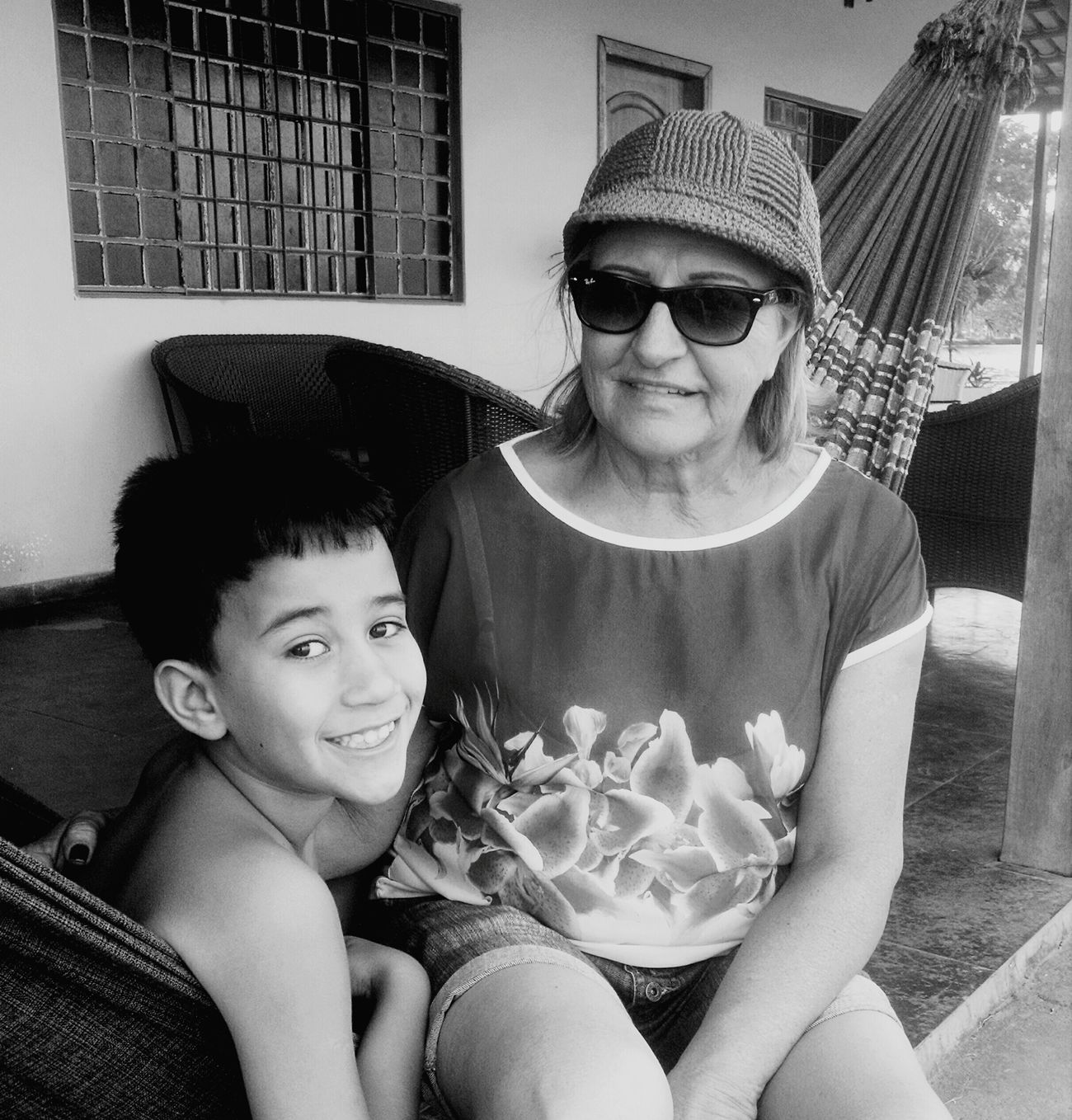 Grandmother Love ♥ Children i Inconditional Love  Taking Photos Relaxing Emotions Family❤