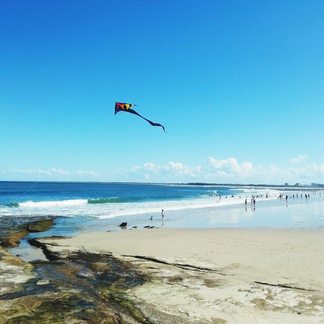 Happy Monday friends! It's School Holidays here so I've been enjoying some fresh air with the kids, and encouraging some screen-free time. Any ideas appreciated!! Beach Kite Clouds And Sky Family Matters Sunshine Coast Australia Life Is A Beach Blue Wave