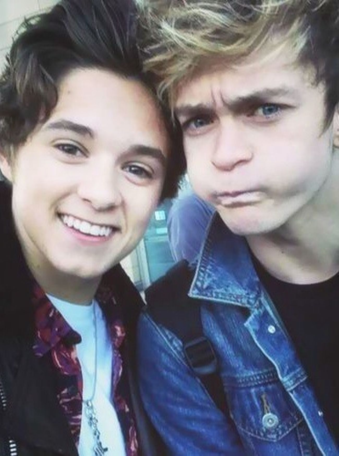 Brad Simpson Connor Ball The Vamps Cute
