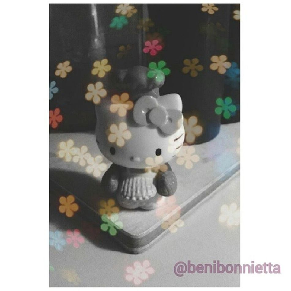 I'm still #bored. Here's #myedit of the #chef #hellokitty #toy I keep in my kitchen. Bored Toy Bokeh Floral Chef KAWAII Photoediting Hellokittyjunkie