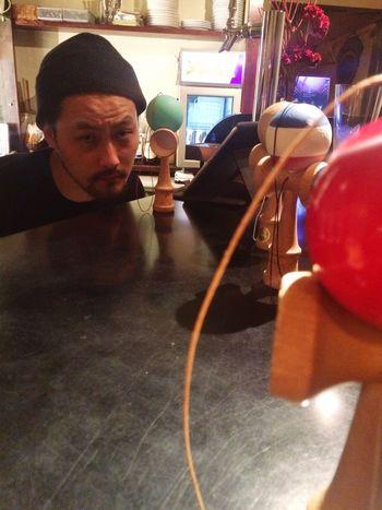 👀✨😎😏 けん玉 Kendama Party Time Friends Bar Japan