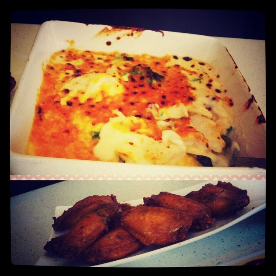 Lunch Alone Hkcafe Spinach fish creampasta foodporn picoftheday instaphoto